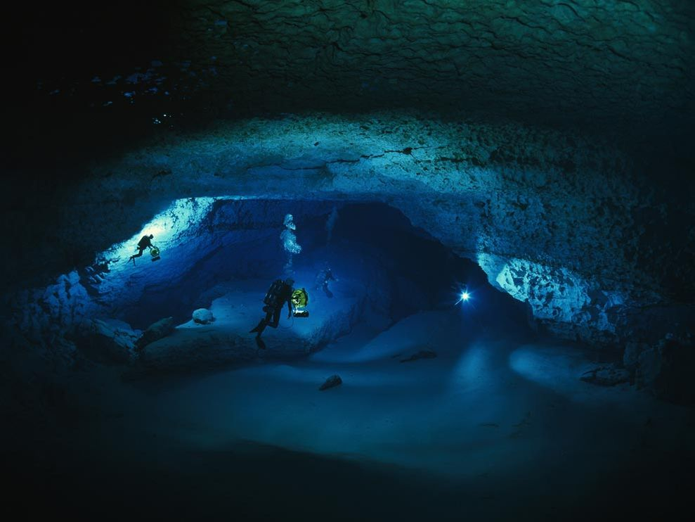 Spectacular Cave Diving