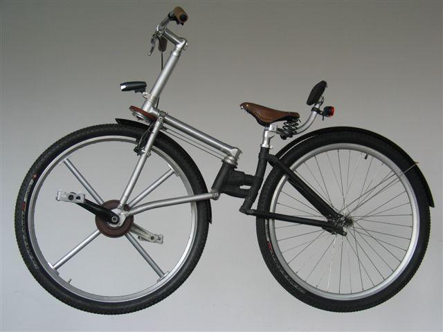 The Bike Revolution - Izzy Bike