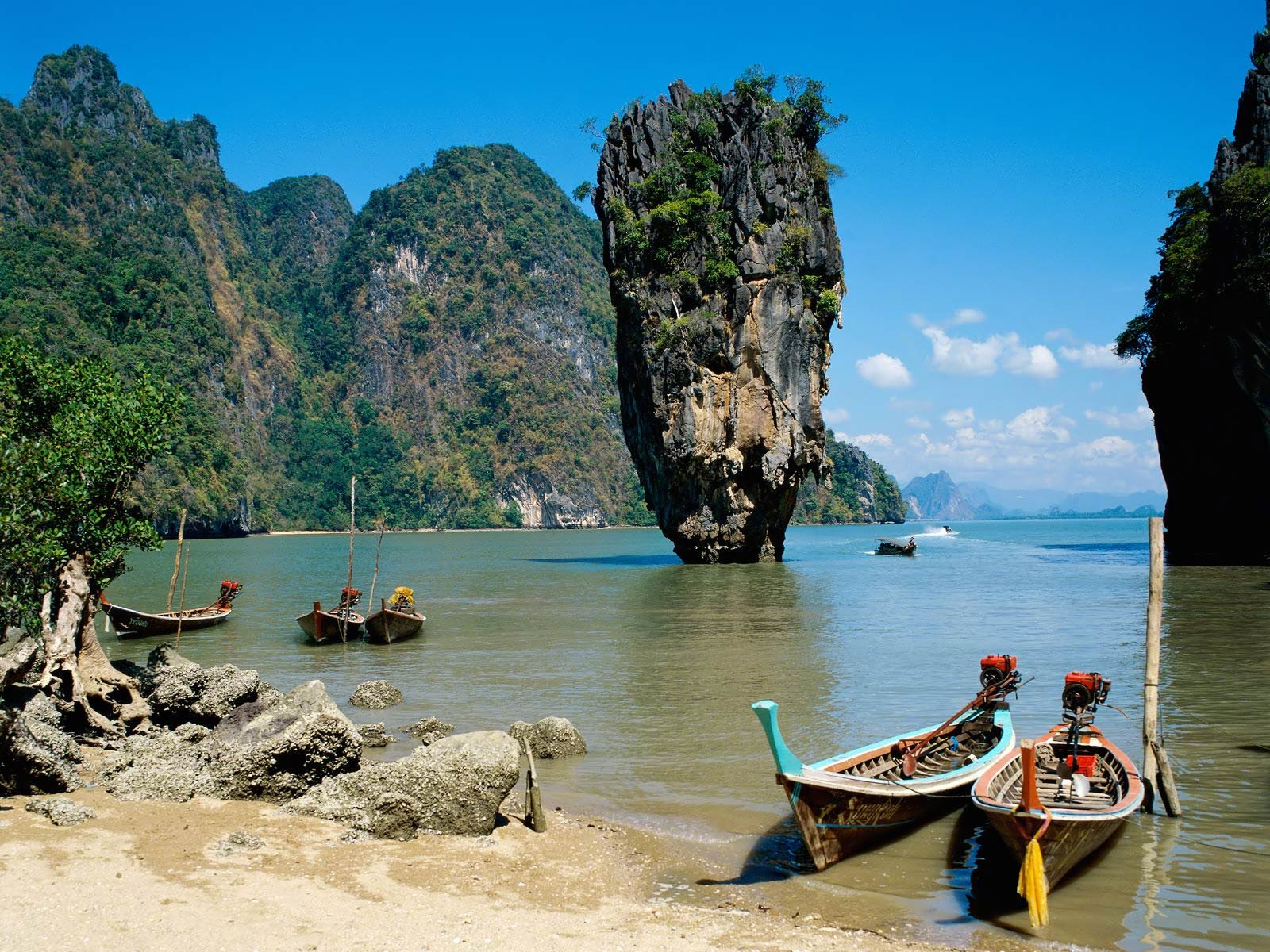 The Krabi Provence in Thailand is a small community of just about 24,000 people, and is located in southern Thailand, on the west coast. It's incredibly beautiful and a popular tourist destination.