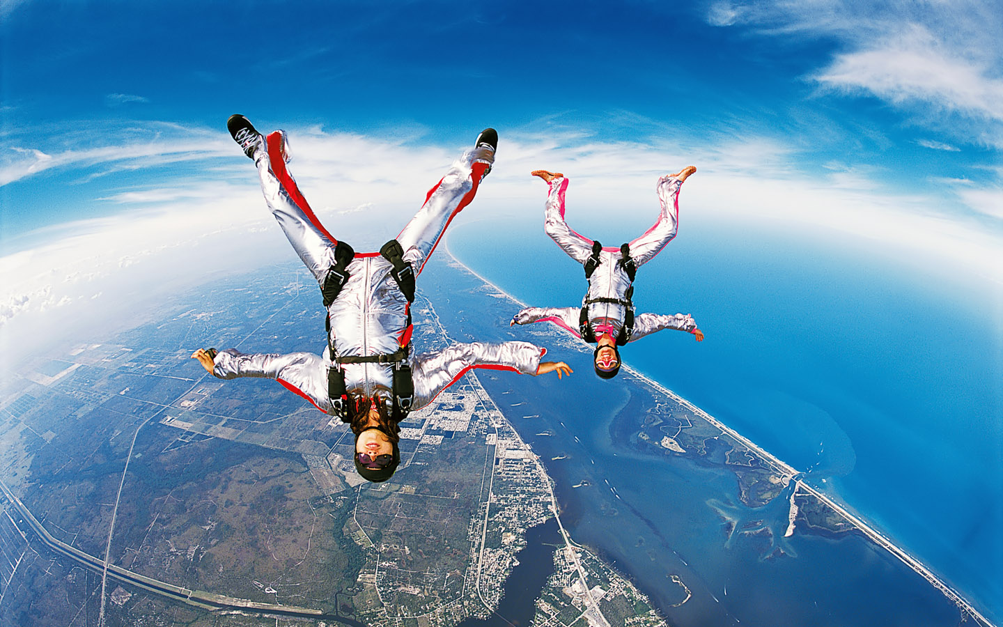 Skydiving Without An Aircraft