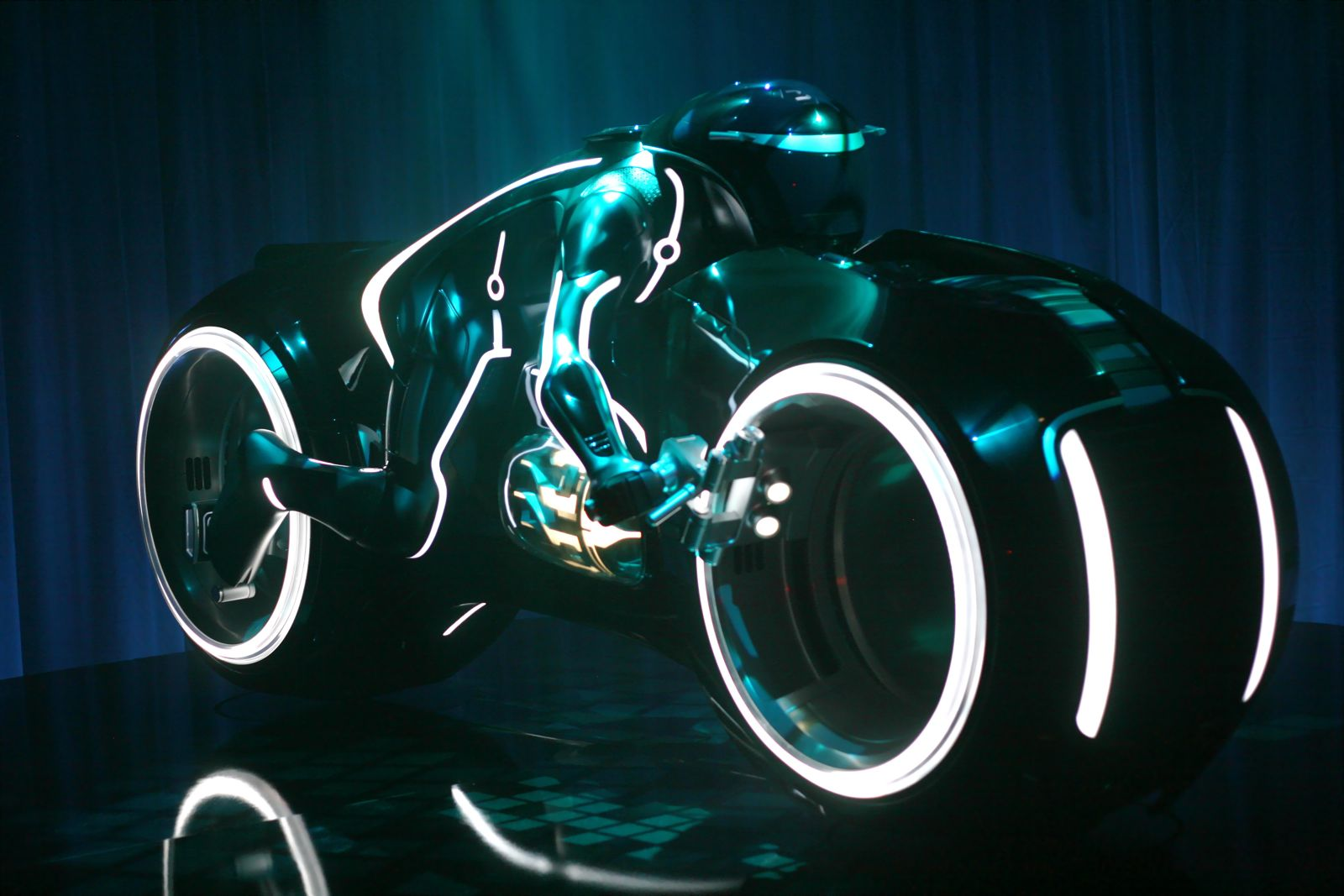 Tron - The Bike Based On Walt Disney Production