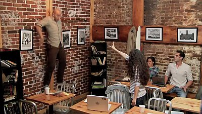 carrie-scares-coffee-shop-patrons-with-telekinetic-prank
