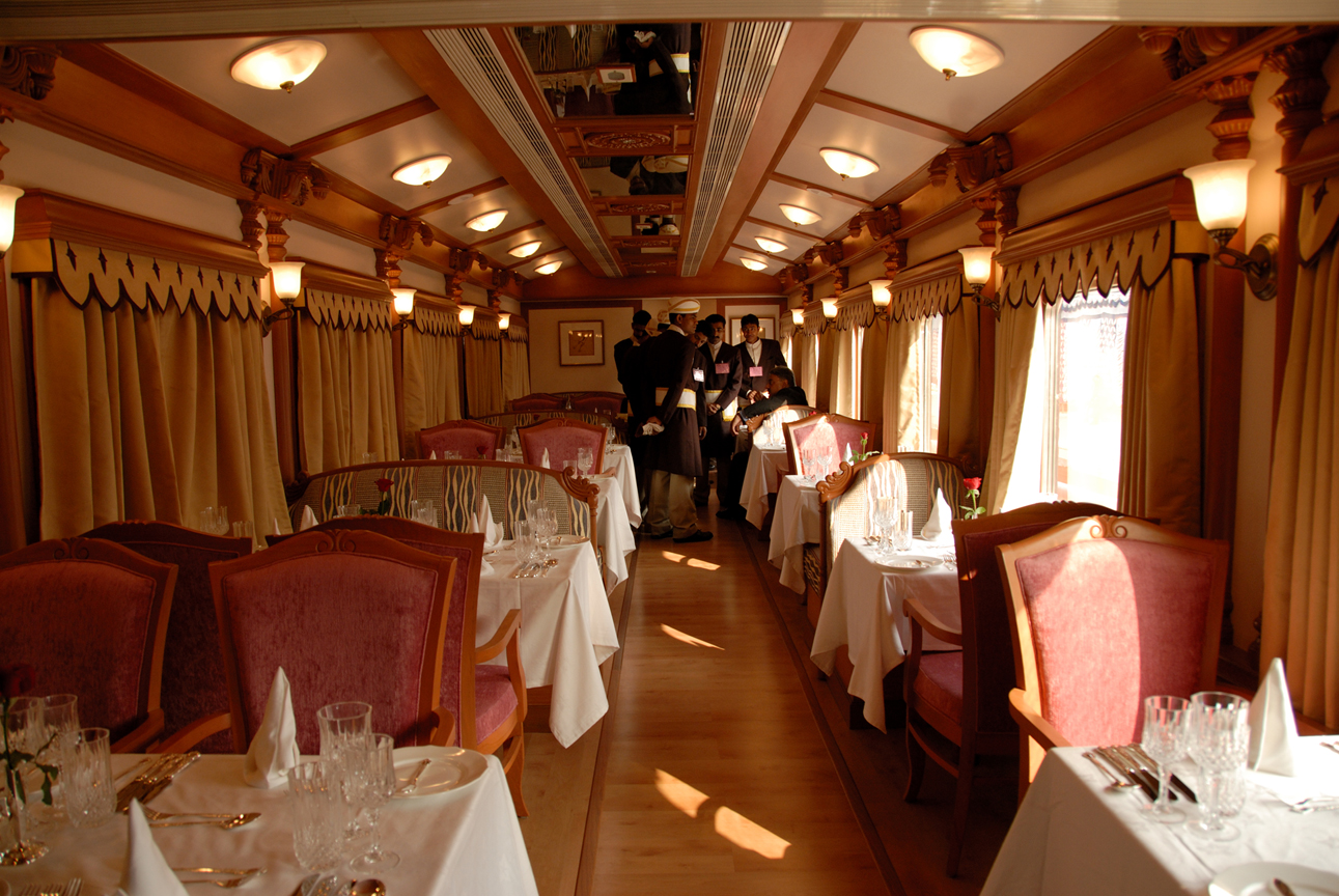 The Golden Chariot - Luxury Train