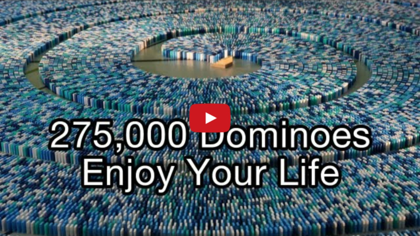 275,000 Dominoes Guinness World Record - Most Dominoes Toppled In A Spiral