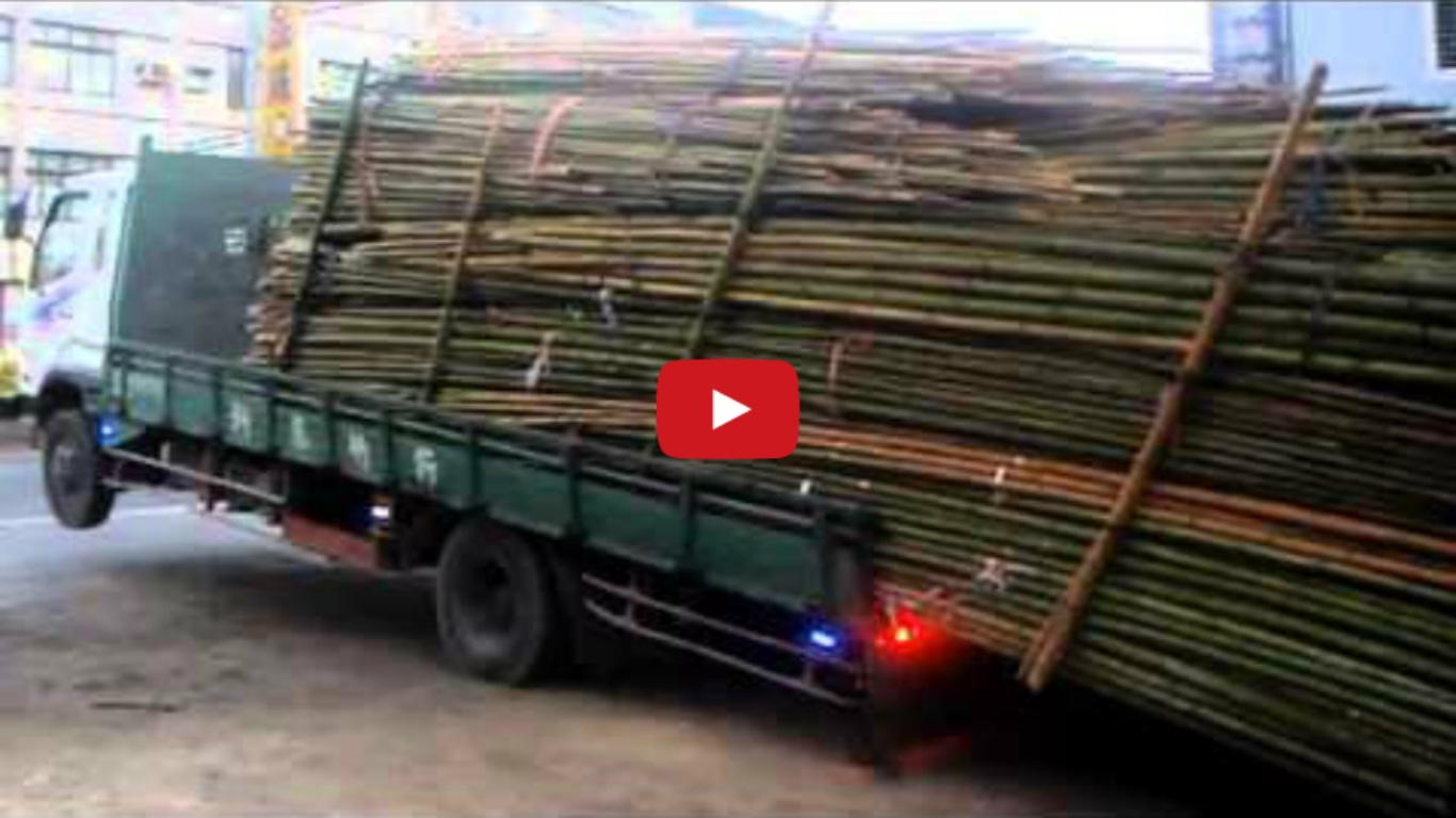 Lazy driver unloading bamboo Like A Boss!