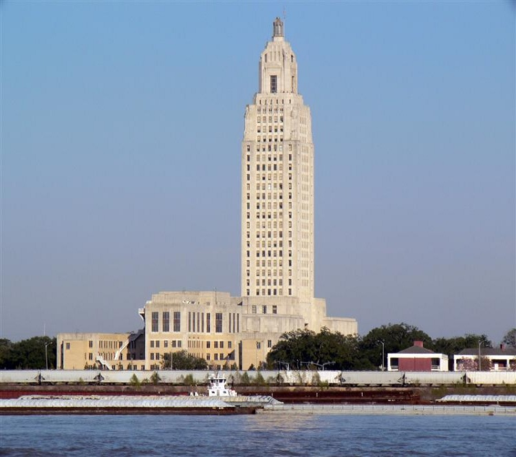 http://forums.steves-digicams.com/panasonic-leica/114100-baton-rouge-skyline.html