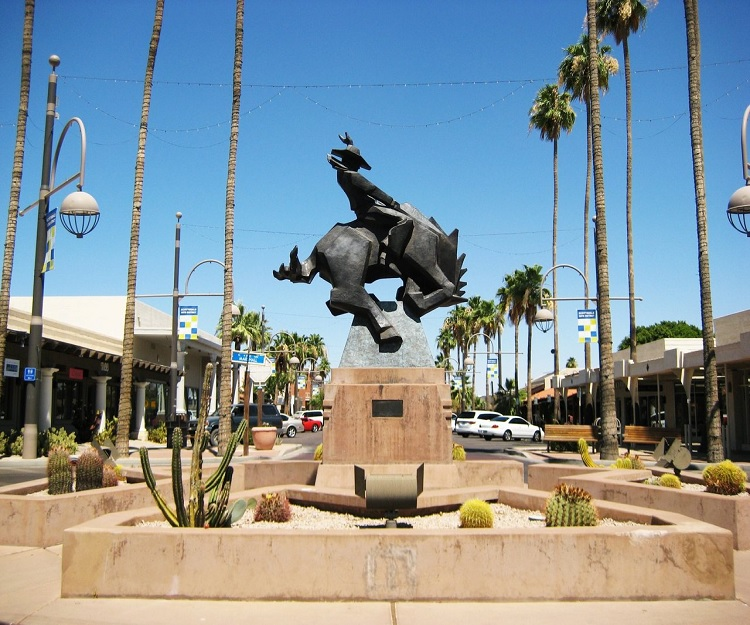 http://phxtonight.com/post/35282466806/23rd-annual-western-art-walk-at-old-town